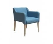 Деревянное кресло Фин 01