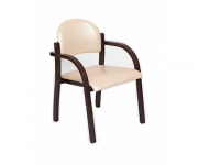 Деревянное кресло Джуна